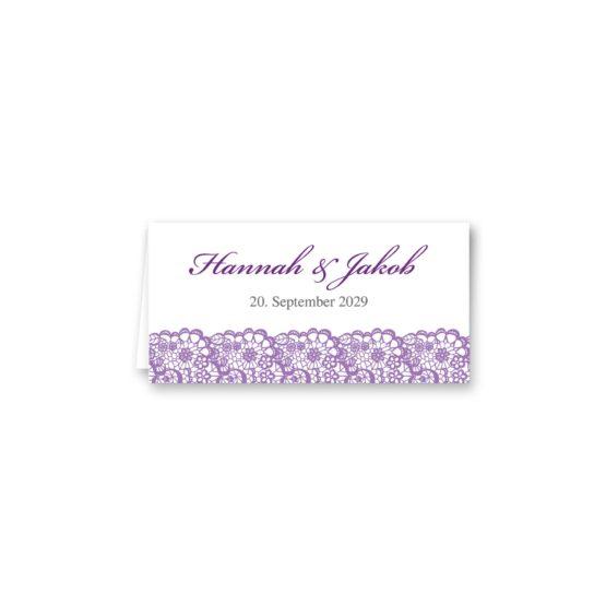 tischkarte klappkarte hochzeit vintage spitze bordüre flieder lila hochzeitsgrafik onlineshop papeterie